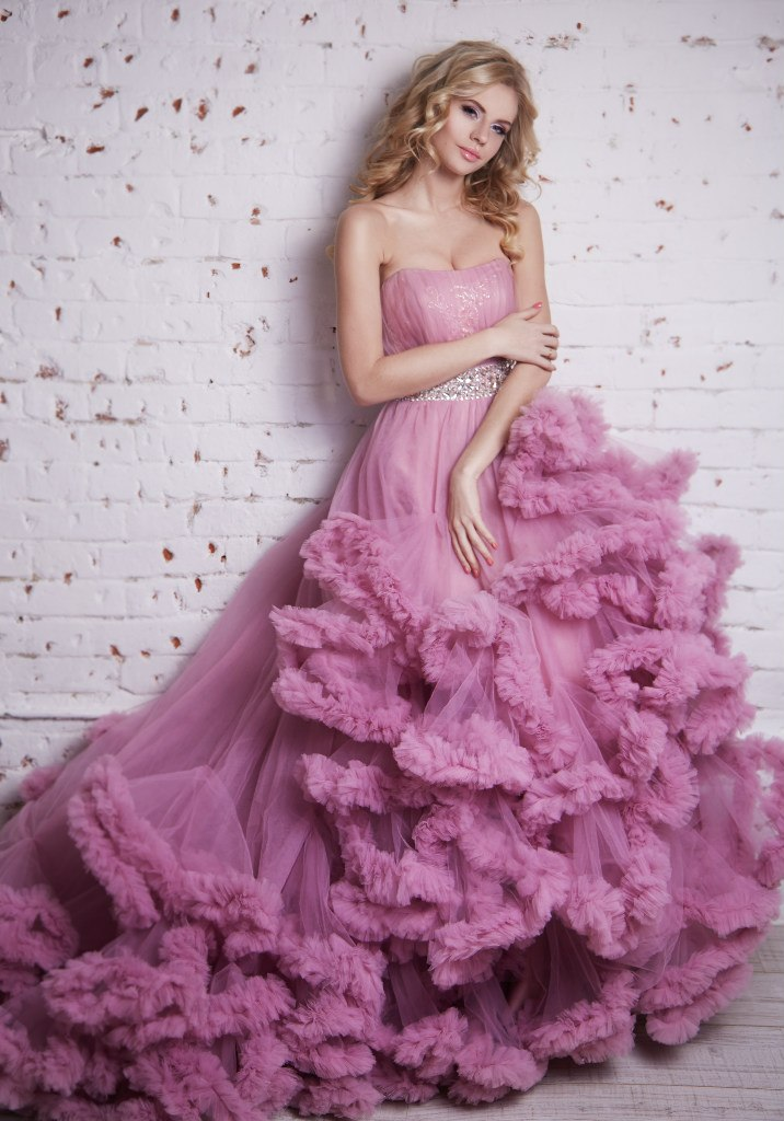 Фото свадебного платья тори спеллинг поиск фото