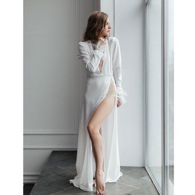 Белое платье с разрезами напрокат