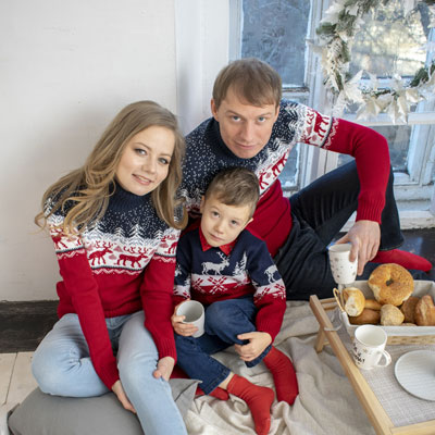 Комплект свитеров Зимняя сказка напрокат