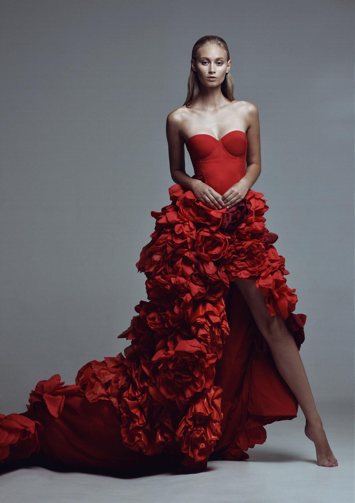 Длинные платья red valentino