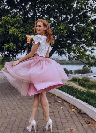 Розовая фатиновая пышная юбка напрокат